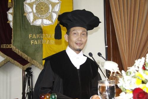 70Prof. Dr. Edy Meiyanto, M.Si., Apt